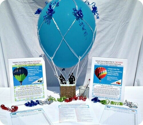 Balloon ride auction table display